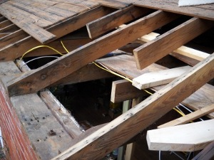 repairing roof rafters and joists