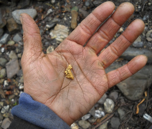 fresh gold nugget in the palm of my hand, best of the summer