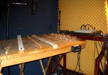 electric hammered dulcimer in studio